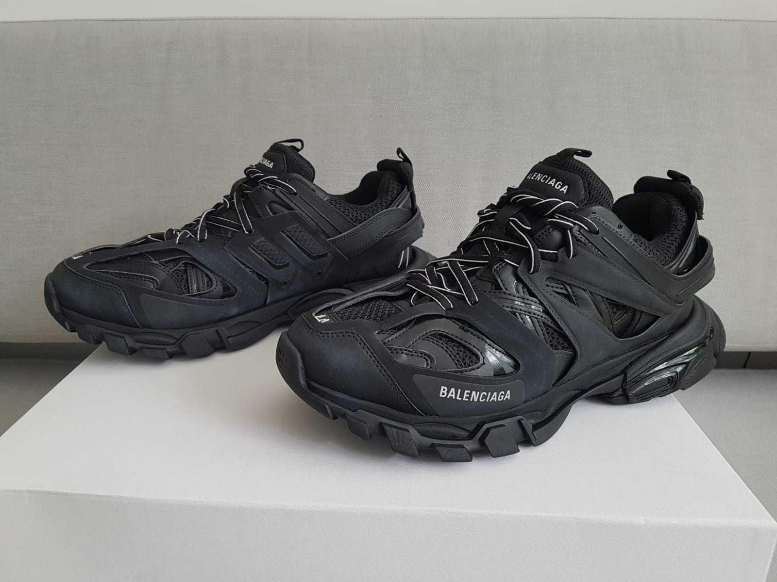 Balenciaga Track Black