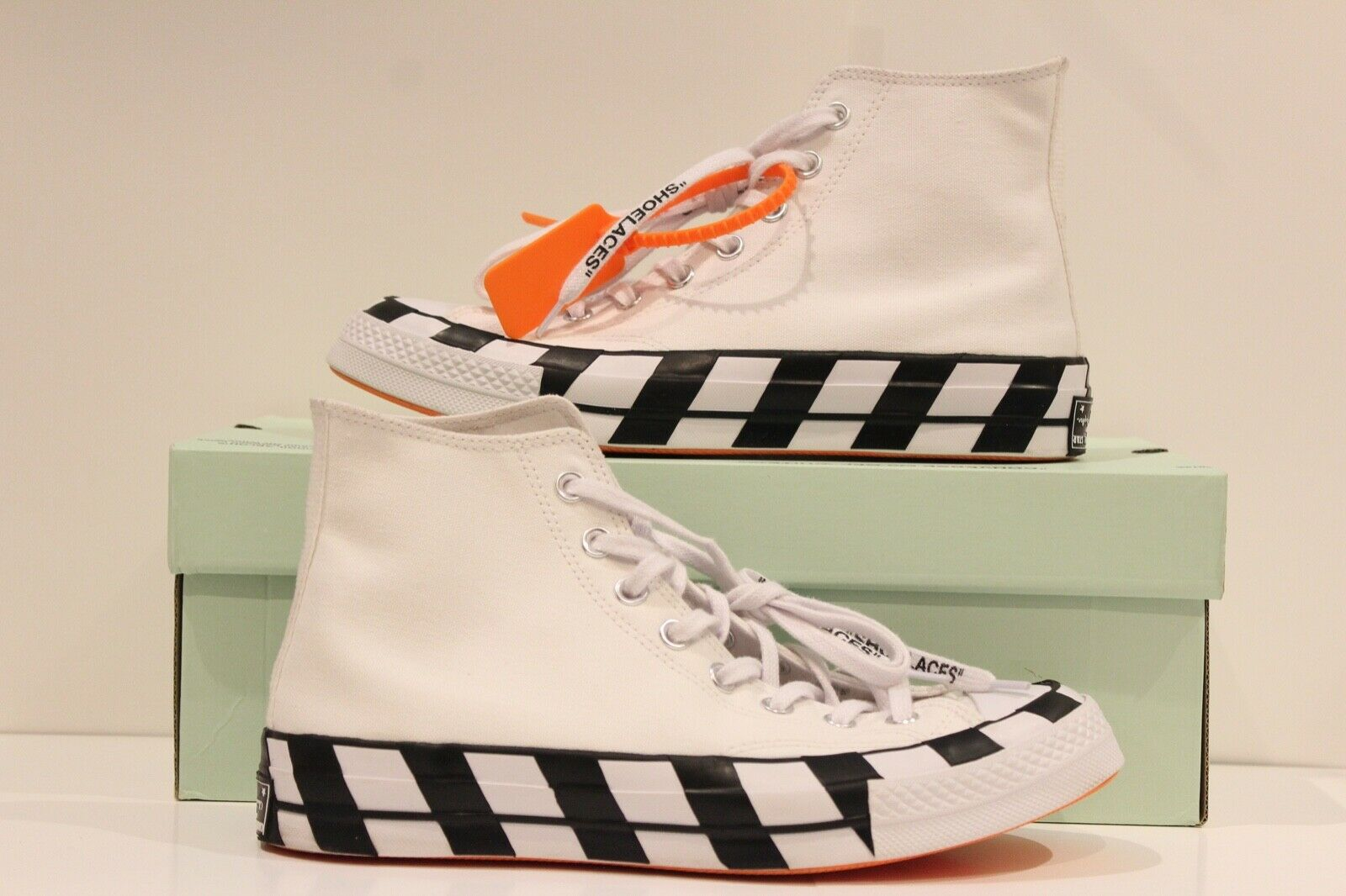 Converse Chuck Taylor All Star 70s Hi Off White