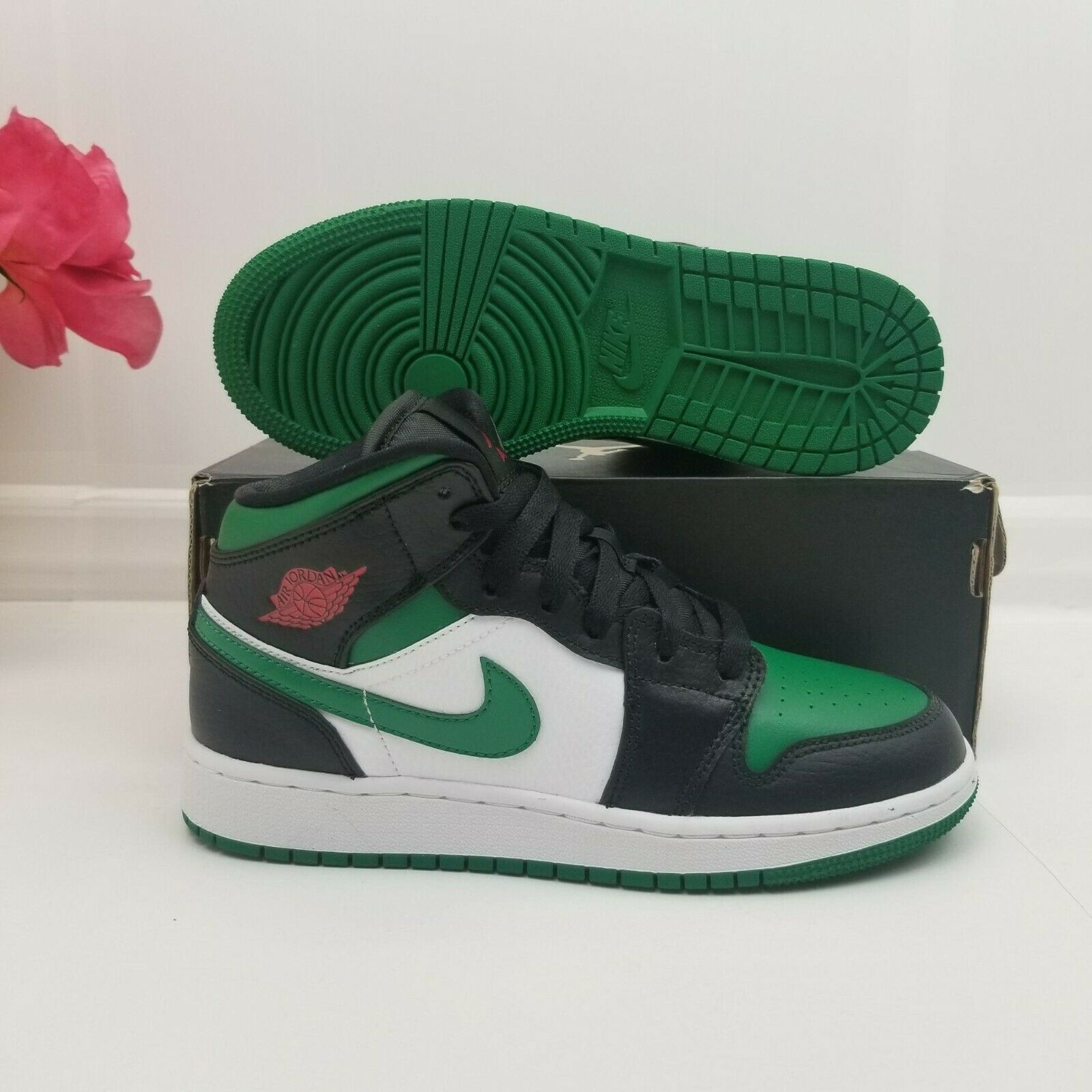 Jordan 1 Mid Green Toe GS