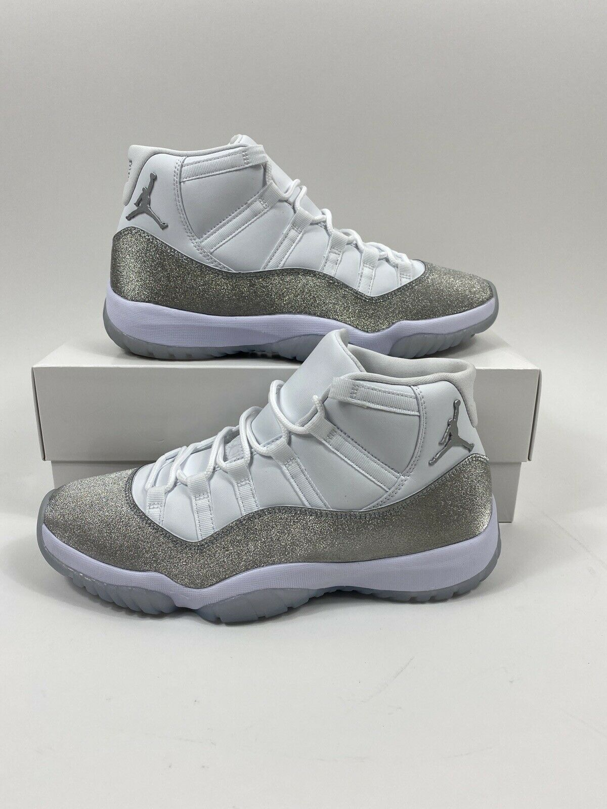 Jordan 11 Retro White Metallic Silver W