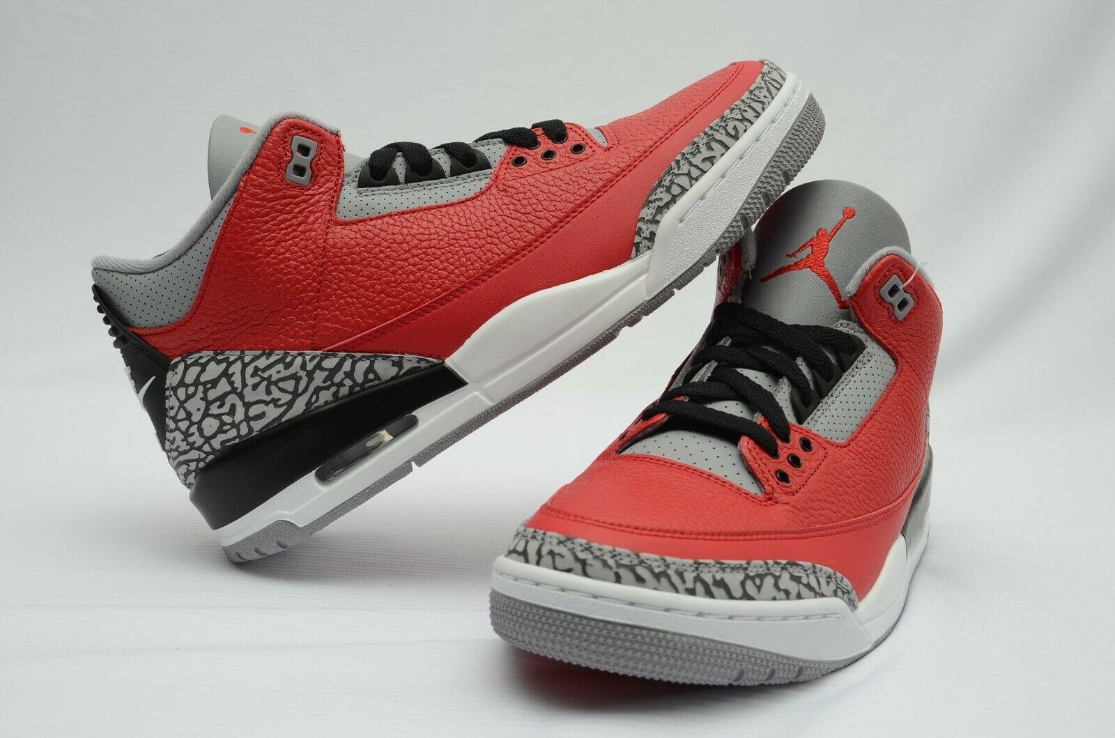 Jordan 3 Retro Fire Red Cement Nike Chi