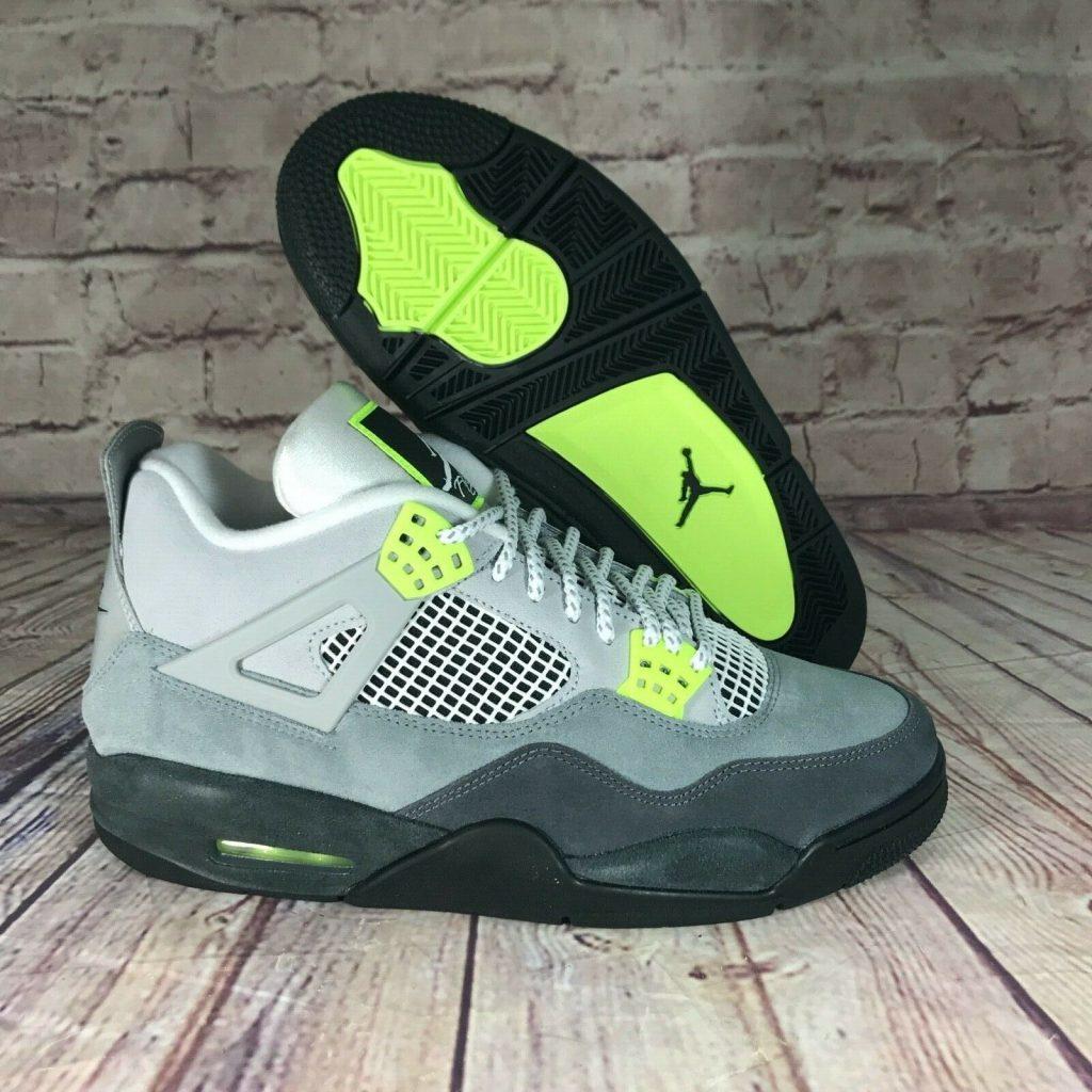 Jordan 4 Retro SE 95 Neon
