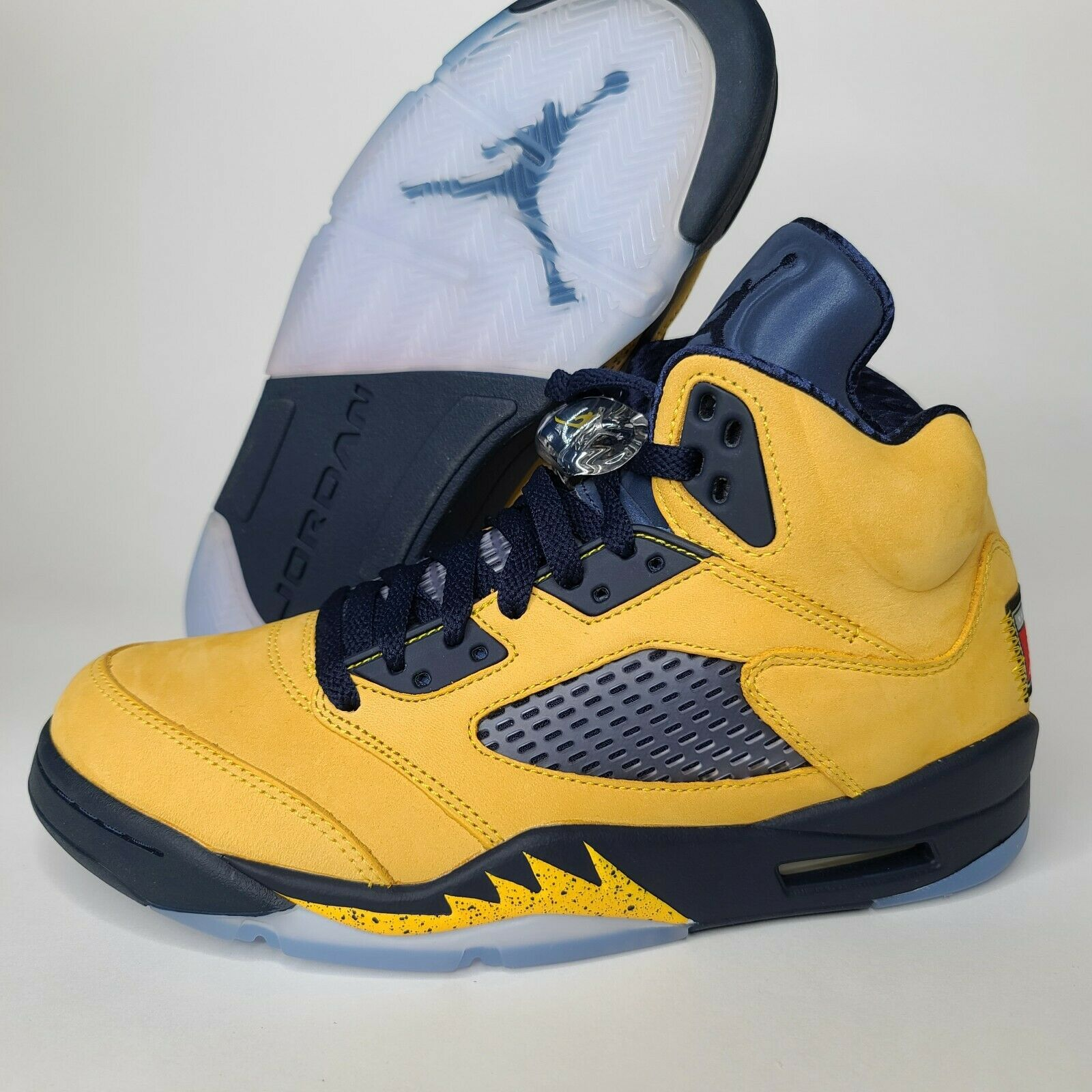 Jordan 5 Retro Michigan 2019