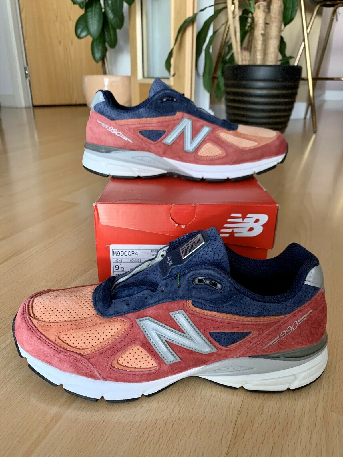 New Balance 990v4 Copper Rose Pigment
