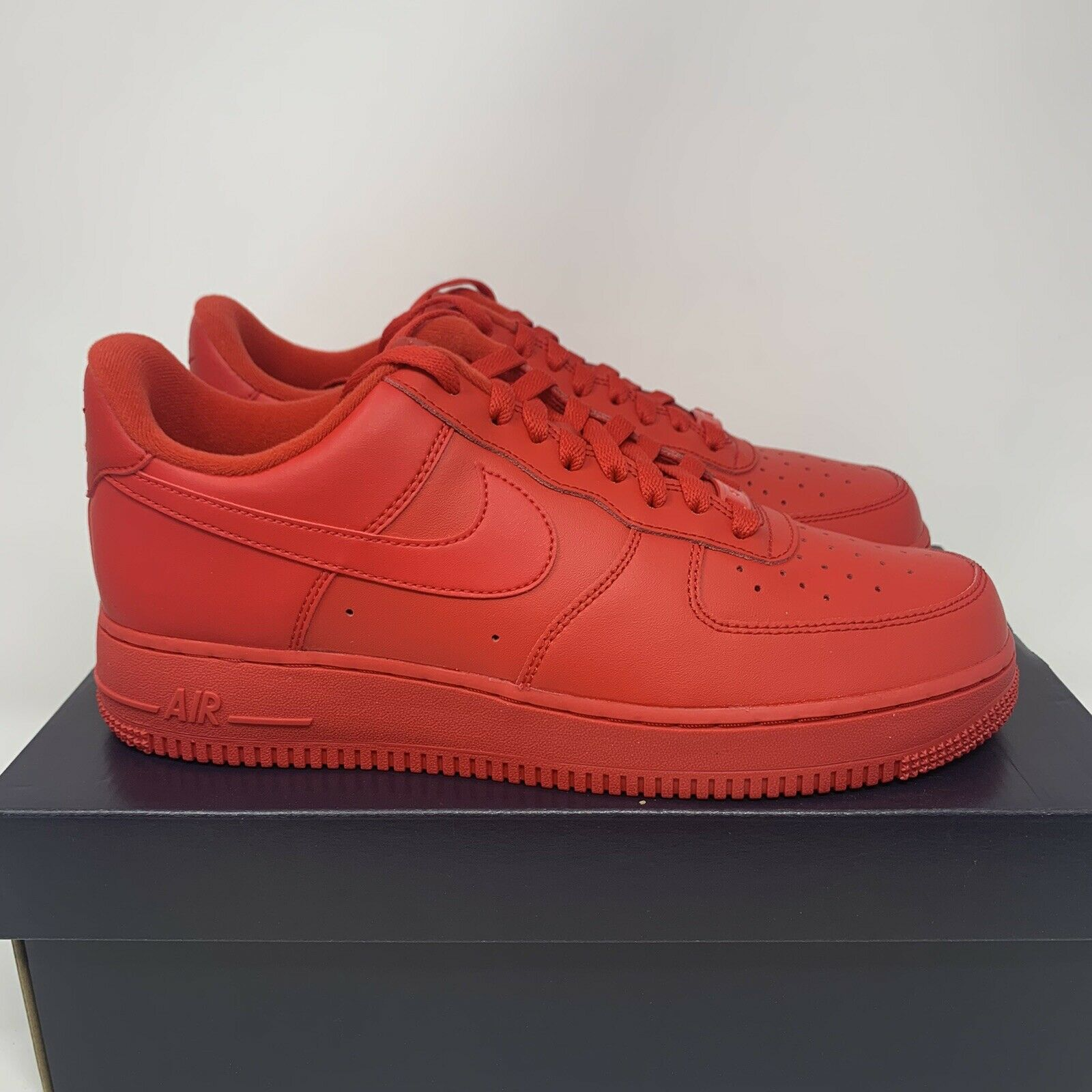 Nike Air Force 1 Low Triple Red