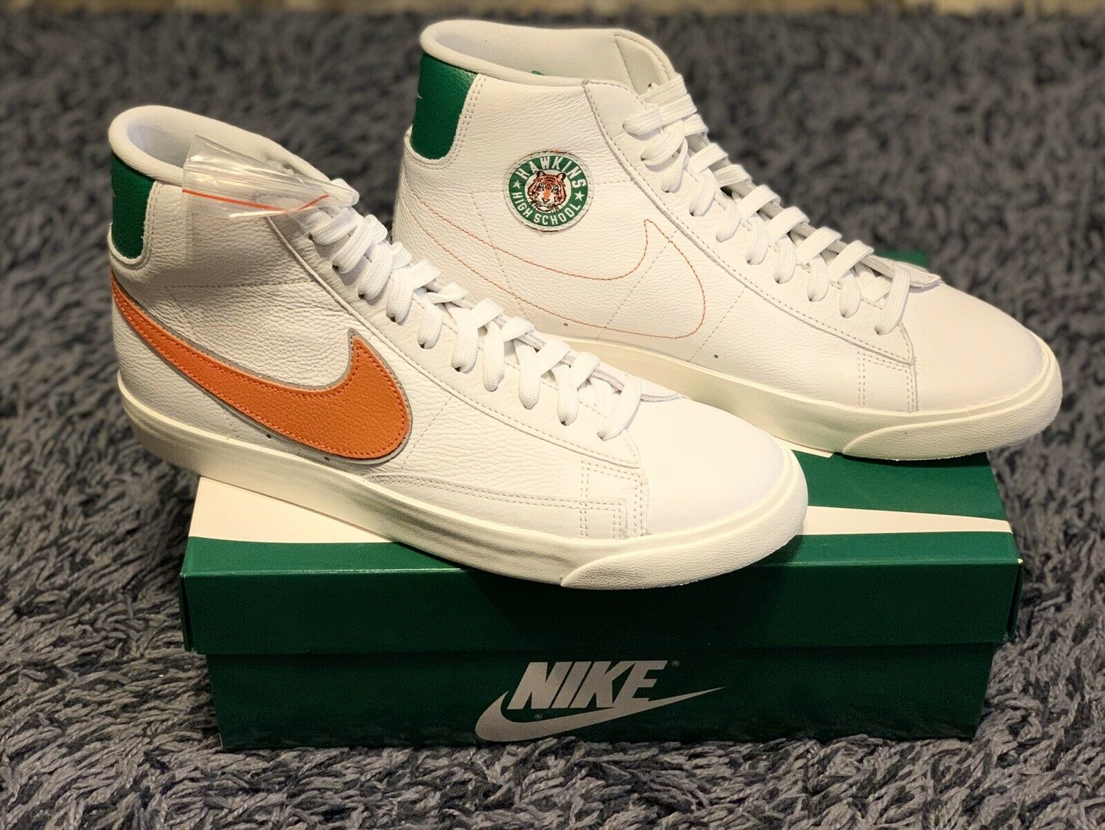 Nike Blazer Mid Stranger Things Hawkins High School