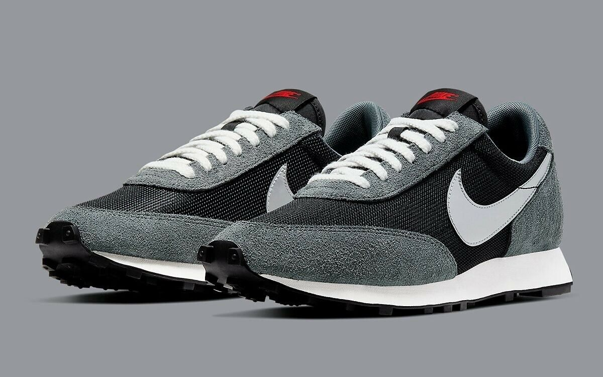 Nike Daybreak Metallic Silver