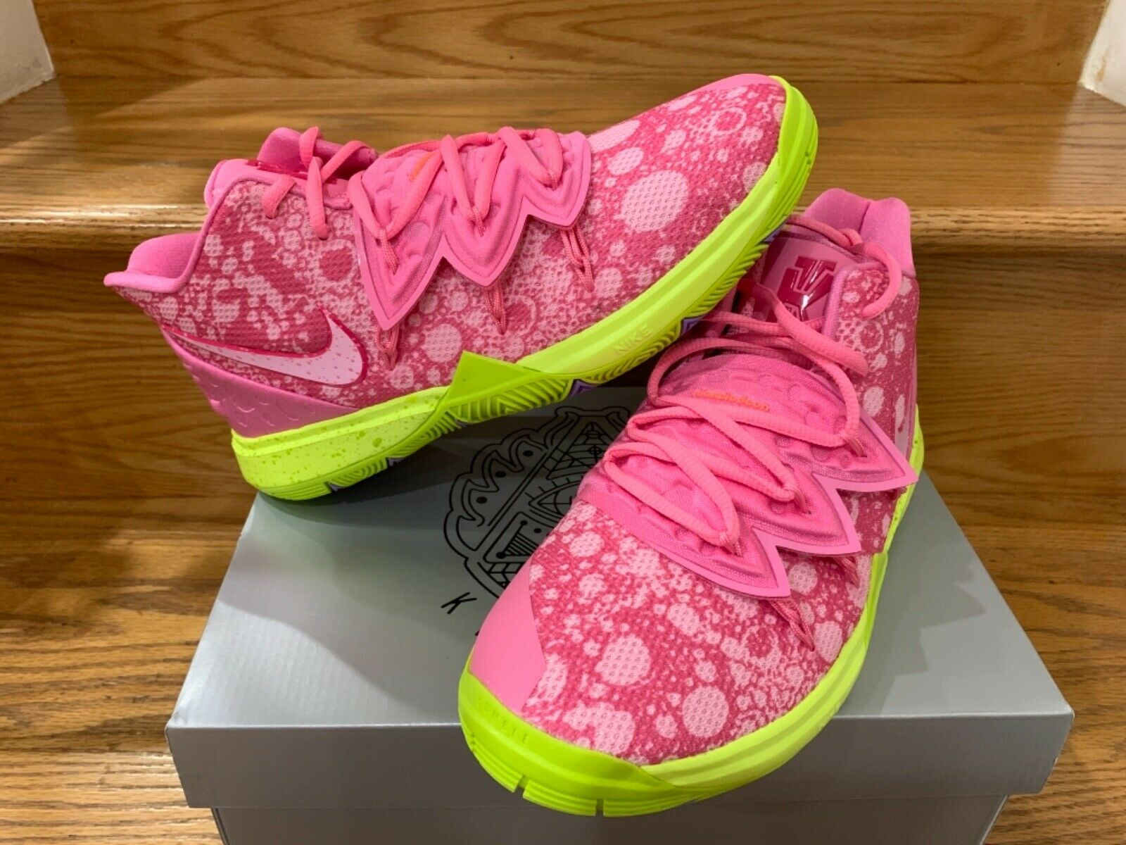Nike Kyrie 5 Spongebob PS