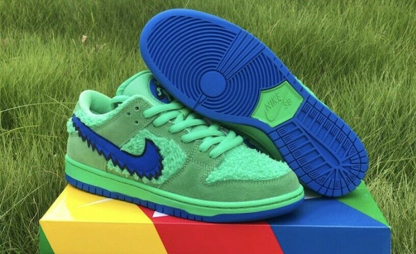 Nike SB Dunk Low Grateful Dead Bears Green