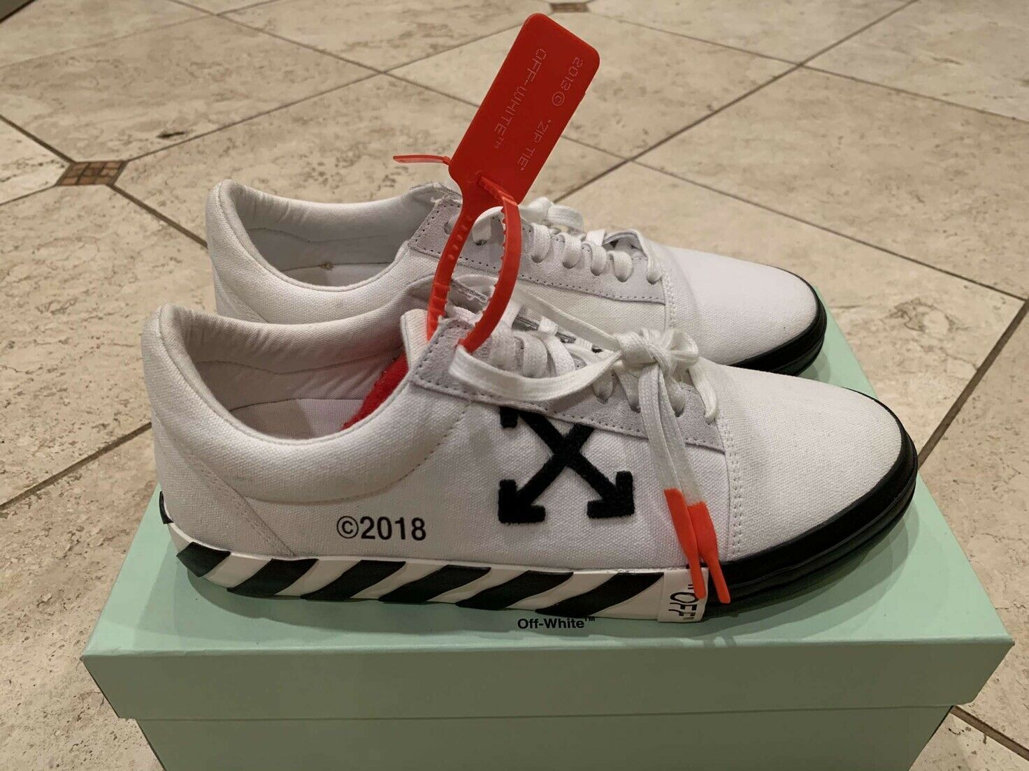 Off White Vulc Low White Updated Stripes