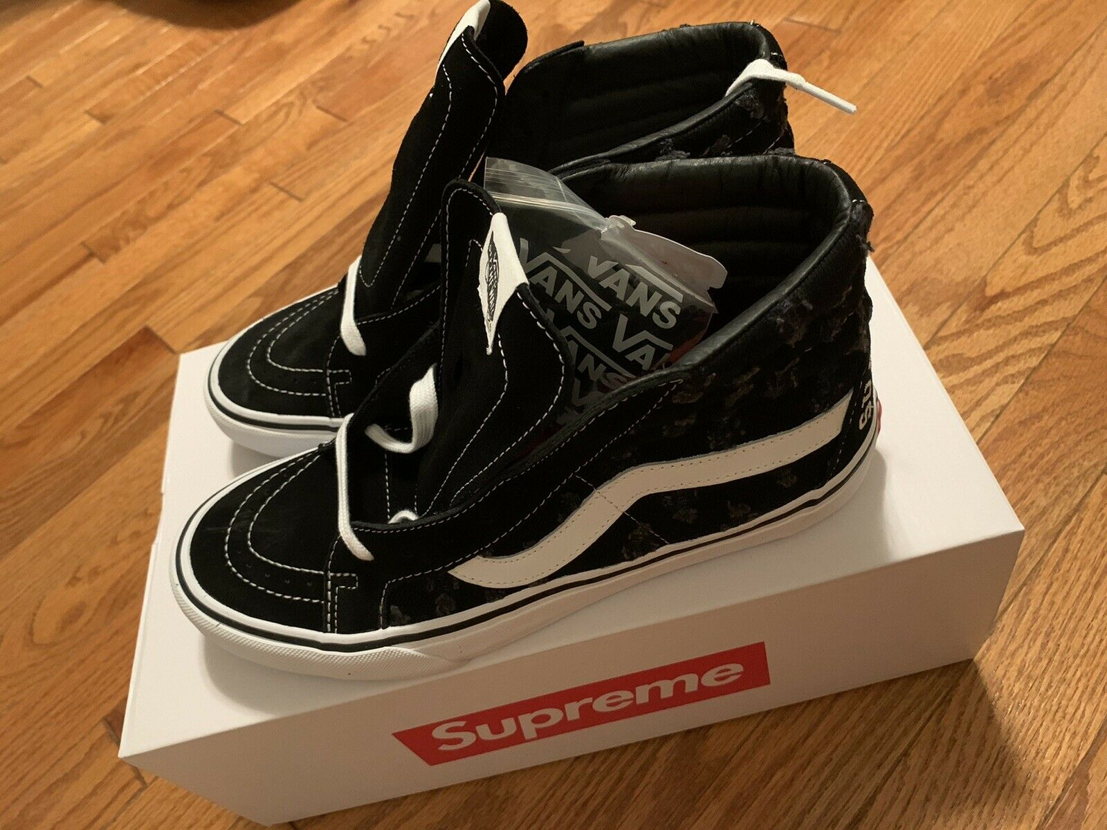 Vans Sk8 Hi Supreme Hole Punch Denim Black