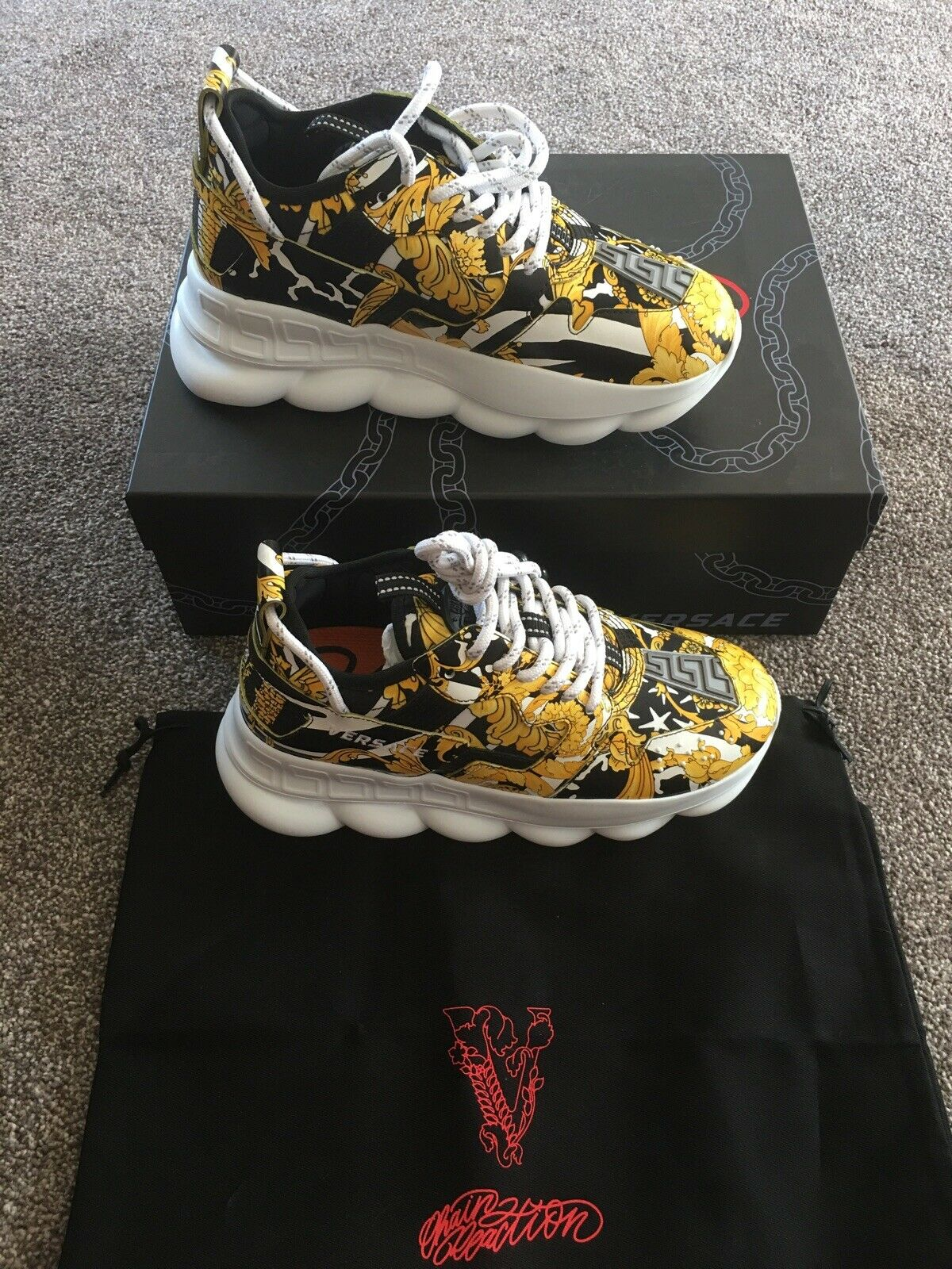 Versace Chain Reaction Gold