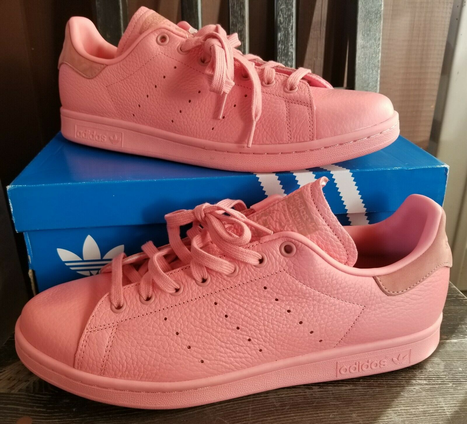 Adidas Stan Smith Pharrell Tactile Rose